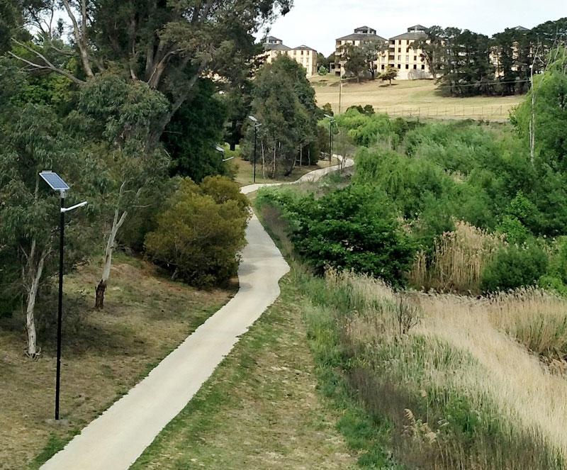solar powered path lights
